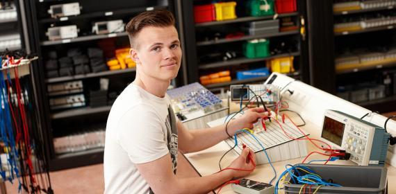 Scalda foto opleiding Technicus engineering Elektrotechniek